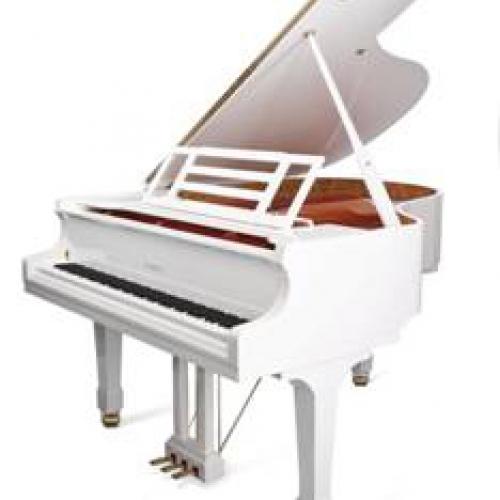 белый высокий рояль для дома и музыкальной школы